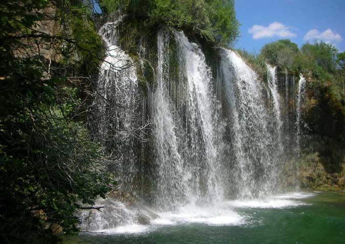 Espectacular cascada de agua